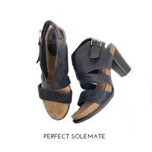 Sofft Black Open Toe Ankle Strap Buckle Sandals